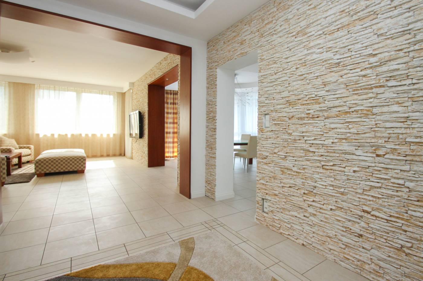 Надо ли обращаться в агентство недвижимости в Словакии